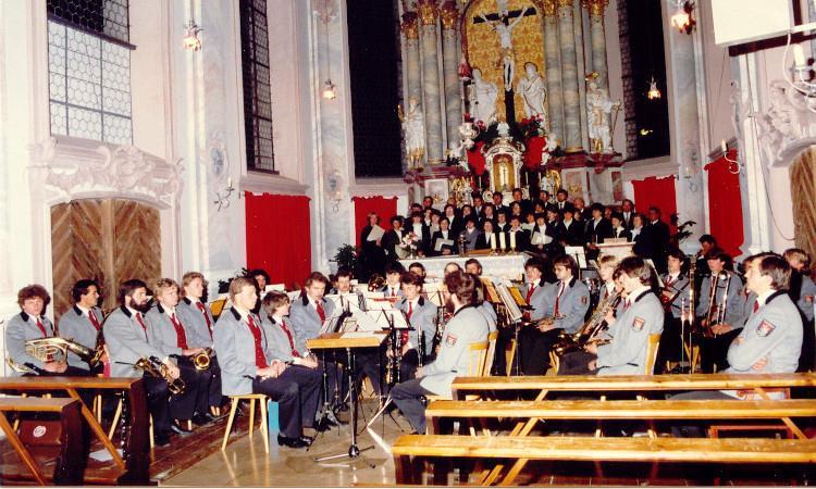 Erstes Kirchenkonzert 1983 Leitung Josef Lohbrunner