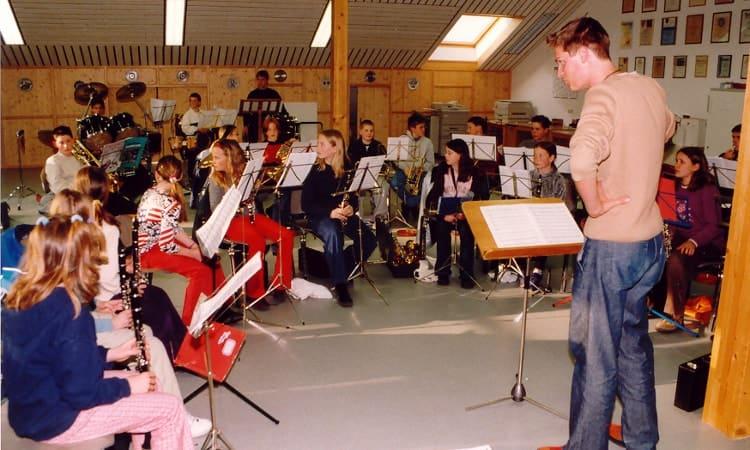 2002 Probe der Jugendkapelle unter der Leitung von Christoph Merk