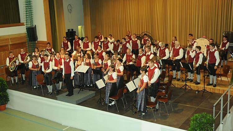2012 Bezirksmusikfest in Mauerstetten unter der Leitung von Thomas Wieser
